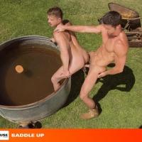Ryan Rose and Brian Bonds012
