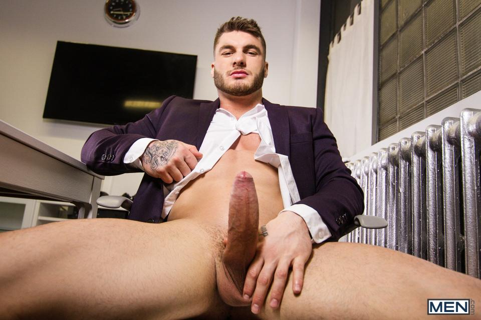 William Seed Fucks Killiam Wesker At The Office - MarcDylan com