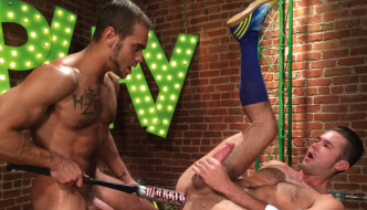 Brock Avery Fucks Mike De Marko – HotHouse