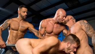 Mitch Vaughn, Brian Bonds, David Benjamin, & Rocco Steele – Orgy!