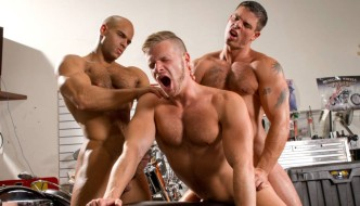 Sean Zevran & Derek Atlas Tag Team Brian Bonds – Auto Erotic