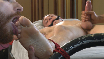 Hung Southern Stud Zane Anders Gets Mercilessly Edged!