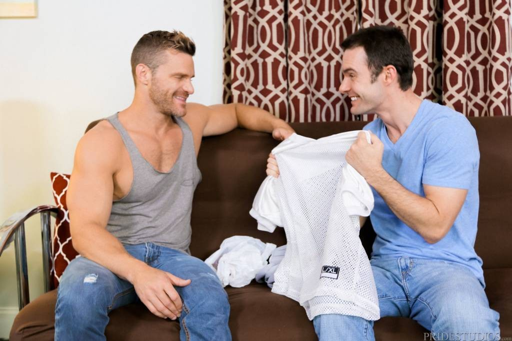 Muscle Stud Landon Conrad Fucks Cameron Kincade – Men Over 30