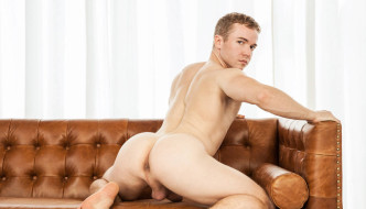 Gabriel Cross Fucked By Jessy Ares In A Room In Madrid!