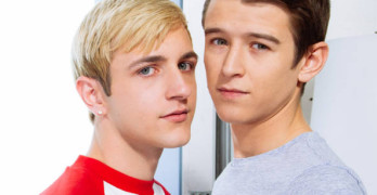 Evan Parker Fucks Colby Klein – Intimate Details At Helix Studios