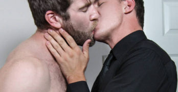 Colby Keller and JJ Knight Flip Fuck