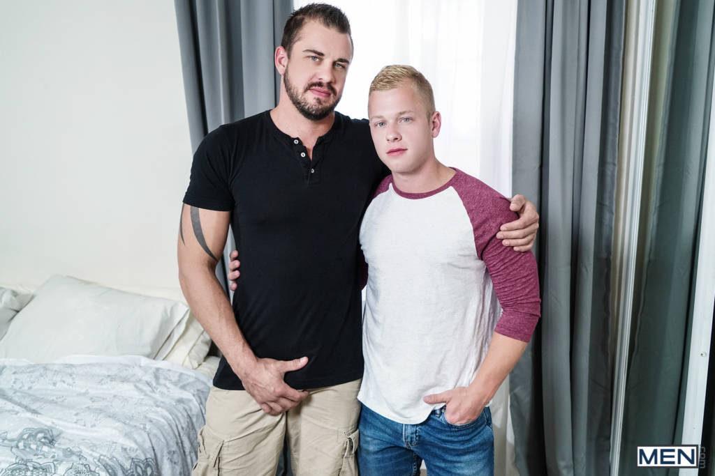 Darin Silvers Fucks Blonde Hottie Leo Luckett