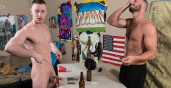 "Brandon Evans and Blaze Burton Fuck Raw In ""Bareback Wars"""