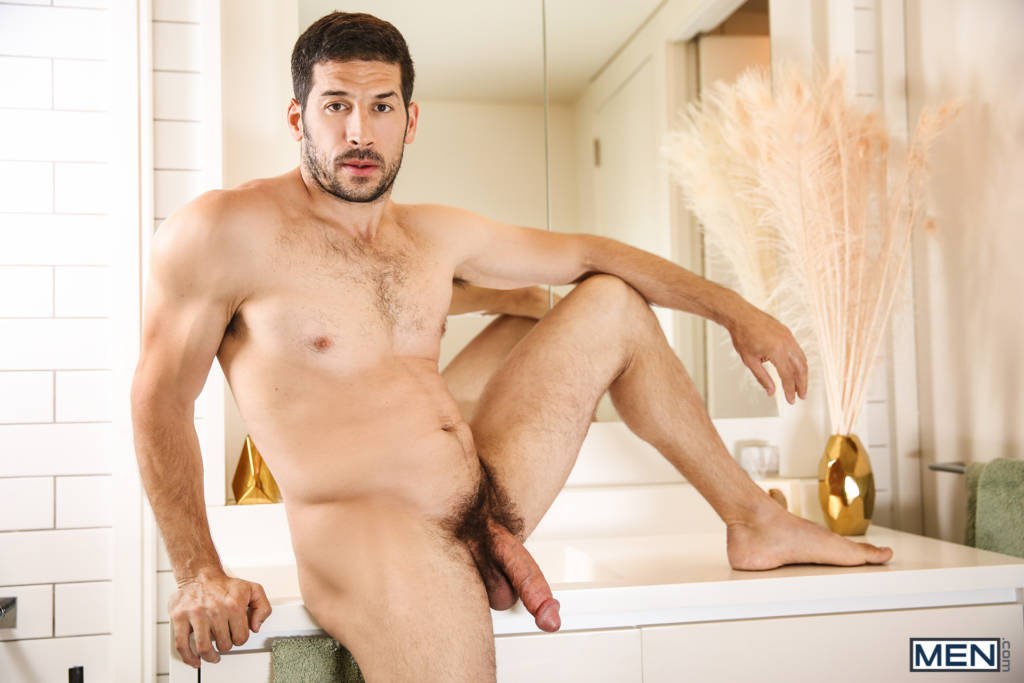 Porn Superstar Leo Giamani Fucks Ian Greene